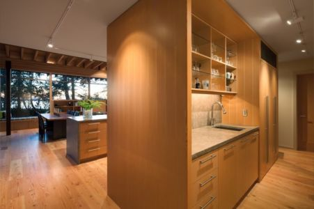 séjour & armoire cuisine - bunny-lane par Heliotrope-Architects - Washington, USA