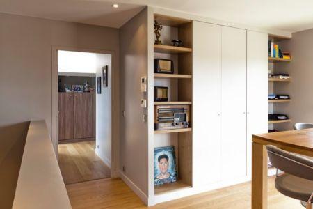 séjour & bibliothèque - House-in-Lyon par Damien Carreres - Lyon, France
