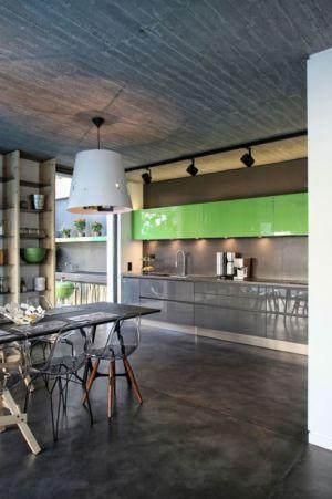 séjour & cuisine - A&A-House par WoArchitects - Athènes, Grèce