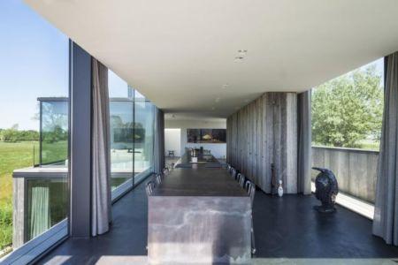 séjour & cuisine - Graafjansdijk-House par Govaert & Vanhoutte Architects - Belgique