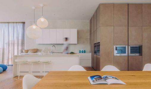 séjour & cuisine - House Sperone par Studio Metrocubo - Novigrad, Croatie