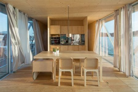 séjour & cuisine - floating-house par Friday - Portugal