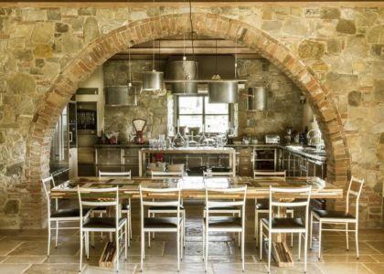 voute entre séjour & cuisine - mediterranean-residence par Elodie Sire - Toscane, Italie