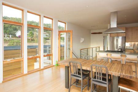 séjour et cuisine - Cloverdale par Elemental Architecture - Usa - Jaime Kowal Photography