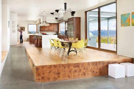 séjour et cuisine - Contemporary Western par Hoyt Architects & CTA Group - Usa
