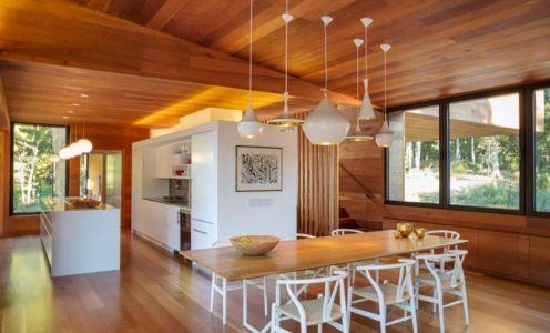 séjour et cuisine - Hamptons Home In The Woods par Rangr Studio - Southampton, New York, Usa