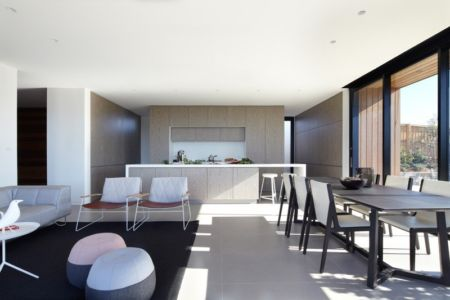 séjour et cuisine - Lamble Residence par Smart Design Studio - New South Wales, Australie