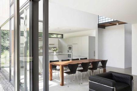 séjour et cuisine - Maisons bois contemporaines par Zamel Krug Architekten - Hagen, Allemagne