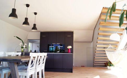 séjour et cuisine - Muk par mahore architects - Saalfelden, Autriche