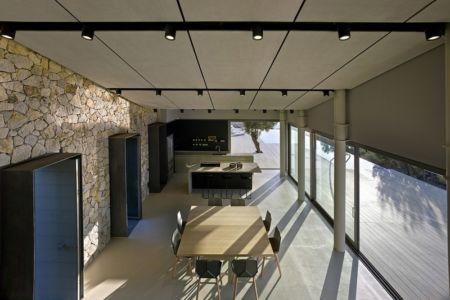 séjour et cuisine - Notre Ntam' Lesvos Residences par Z-level à Agios - Fokas, Grèce