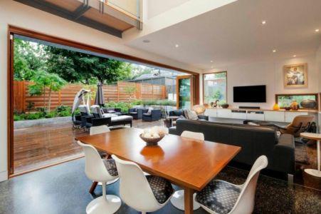 séjour et salon - Double High House par Checkwitch Poiron Architects - Nanaimo, Canada - Concept Photography