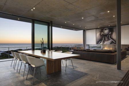 séjour et salon - Pearl Bay Residence par Gavin Maddock Design Studio - Yzerfontein, Afrique du Sud