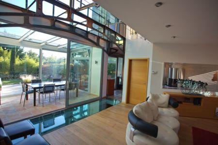 séjour et terrasse - Barbo House par Ralph Büeler (Bend Group) - Genève, Suisse