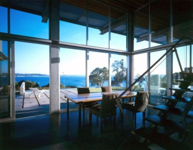 séjour et vue sur mer - Eaton Residence par E. Cobb Architects - Seattle, Usa - Photo Paul Warchol