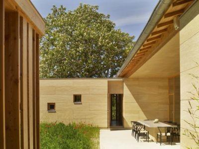 séjour extérieur - Stone house par Carl Fredrik Svenstedt architecte - Vallée du Luberon, France