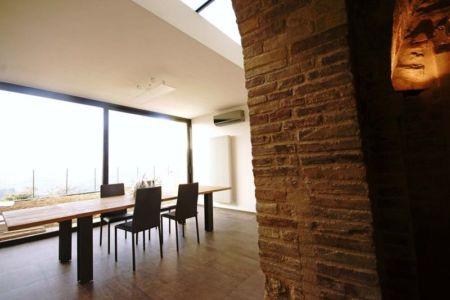 séjour & grande baie vitrée - Recupero-casa par Rocco Valentini - Chieti, Italie