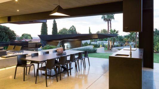 séjour & lavabo salon - Kloof-Road-House par Nico van der Meulen Architects - Johannesburg, Afrique du Sud