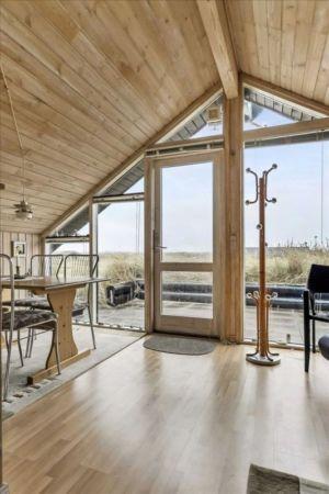 séjour & porte vitrée entrée - Tiny-house par Tiny Sod Roofed - Côtes Nord, Danemark