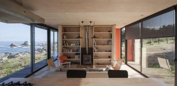 séjour-salon-bibliothèque - Remote-House par Felipe Assadi - Pichicuy, Chili