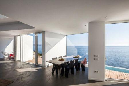 séjour & vue sur mer - Sunflower House par Cadaval & Solà-Morales - Gérone, Espagne