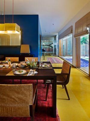 salle à manger - Bhuwalka House par Khosla Associates - Bangalore, Inde
