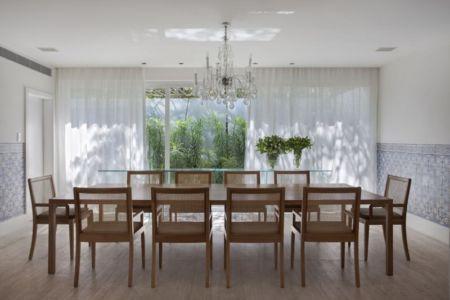 salle à manger - Brise House par Gisele Taranto Arquitetura - Rio de Janeiro, Brésil