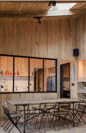 salle à manger & décor en bois - House-Todos-Los-Santos par Apio Arquitectos - Puerto Montt, Chili