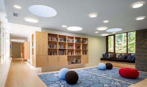 salle détente bibiliothèque - Chalon residence par Dynerman Architects - Bethesda, Usa