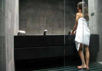 salle de bains - Casa Altamira par Joan Puigcorbé - Costa Rica