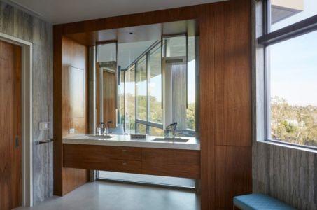 salle de bains - Chatauqua Residence par Studio William Hefner - Californie, Usa