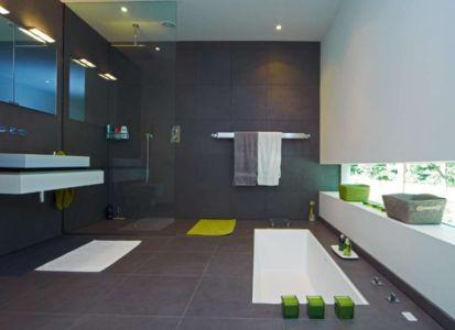 salle de bains - Cherry Orchard par Western Design Architects - Branksome, Royaume Uni