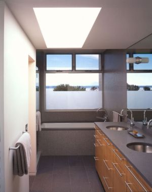 salle de bains - Eaton Residence par E. Cobb Architects - Seattle, Usa - Photo Paul Warchol