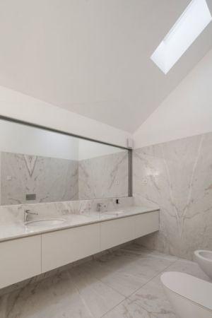 salle de bains - House-four-houses par Prod Architecture - Penafiel, Portugal