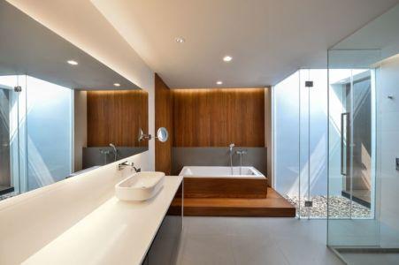 salle de bains - Joly House par StuDO Architectes - Bangkok, Thaïlande