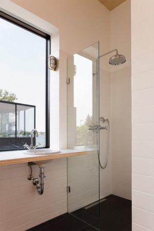 salle de bains - Lake-House par Maximilien Eisenkock Neufelder, Autriche