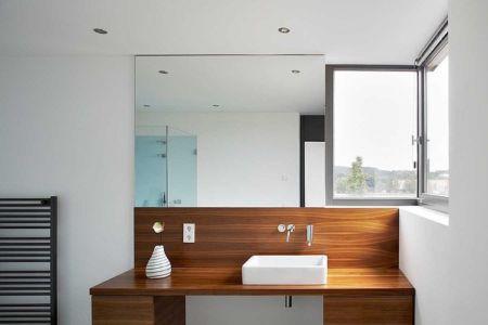salle de bains - Maisons bois contemporaines par Zamel Krug Architekten - Hagen, Allemagne