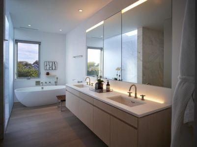salle de bains - Orchard House par Stelle Lomont Rouhani Architects - Sagaponack, Usa