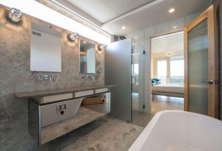 salle de bains - PV14 House par M Gooden Design - Dallas, Usa