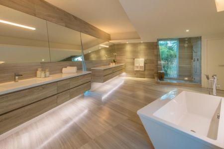 salle de bains - The Ark-480 Ocean Blvd par Relance New York - Floride, USA