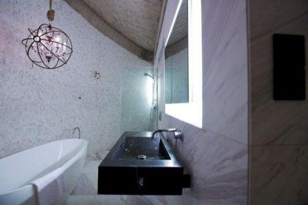 salle de bains - The Dome Home par Timothy Oulton Design - Foshan, Chine