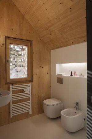 salle de bains - Witzmann résidence par Karawitz Architecture - France -  Photo Nicholas Calcott