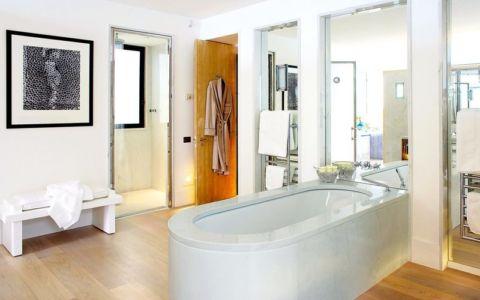 salle de bains, douche et baignoire - villa O - France