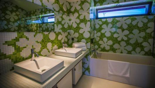 salle de bains et baignoire - Villa Horizon - Arbonne - France