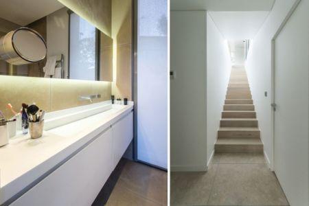 salle de bains et escalier - Maison Art par Brengues Le Pavec - Saint Clément de Rivière, France - RB photographies