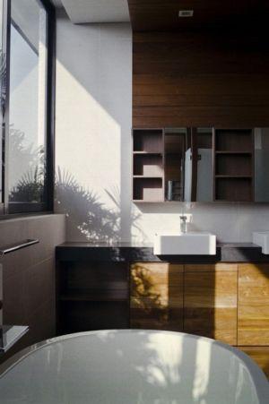 salle de bains - maison exclusive par Aamer Architects - Singapour