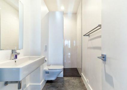 salle de bains - wood-clad-home par ParkCity Design - Utah, USA