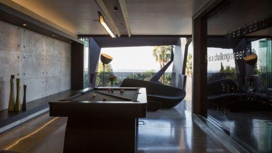 salle de jeux billard - Kloof-Road-House par Nico van der Meulen Architects - Johannesburg, Afrique du Sud