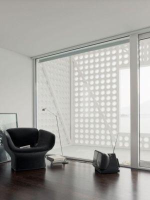 salle de repos & ouverture baie vitrée - o-house par Philippe Stuebi - Lucerne, Suisse