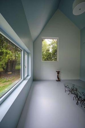 salle expo - Sayres House and Hanging Gardens par Maziar Behrooz Architecture - East Hampton, Usa
