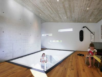 salle jeu enfants - House-Wilhermsdorf par René Rissland - Wilhermsdorf, Allemagne